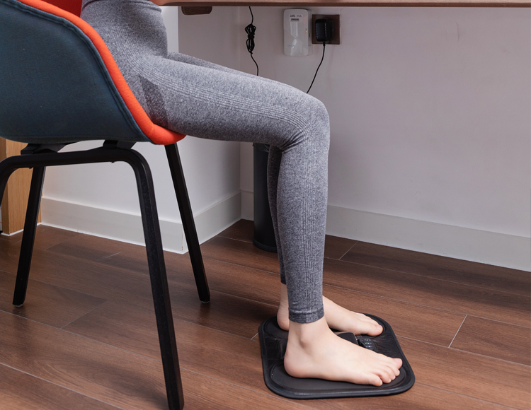 智能按摩脚垫