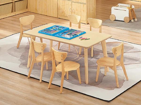 长方形桌椅组合