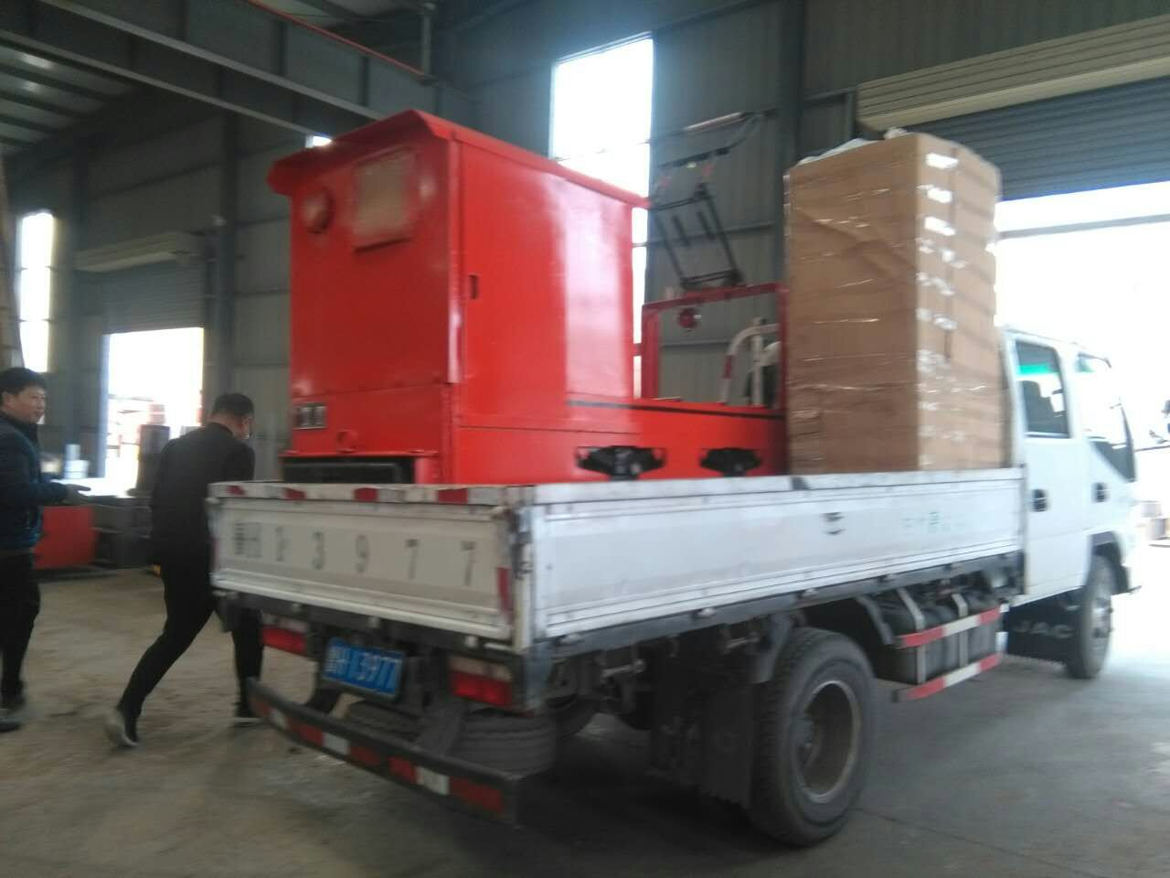 山东热销12吨蓄电池电机车厂家