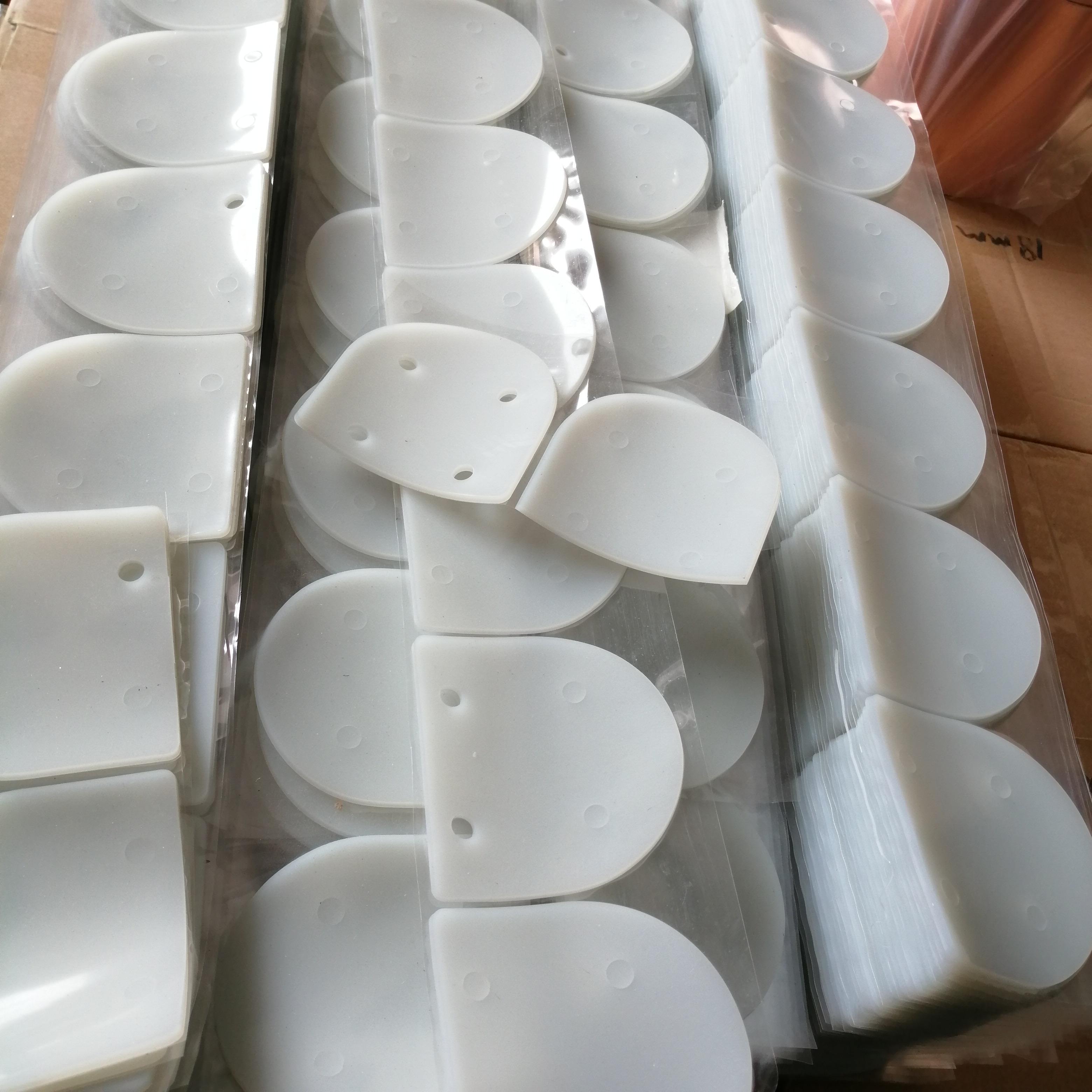 彩色硅膠 導熱硅膠 黑色乳白色本色_背膠沖型加工定制