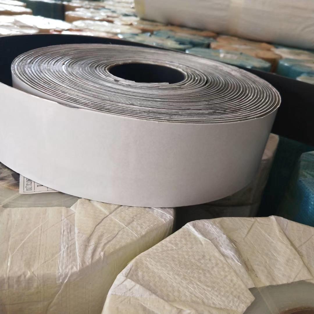 廠家定制超薄硅膠卷材 耐高溫200℃可自粘沖切片材 耐磨絕緣硅膠板