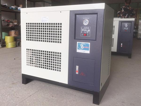 新款風冷式干燥機