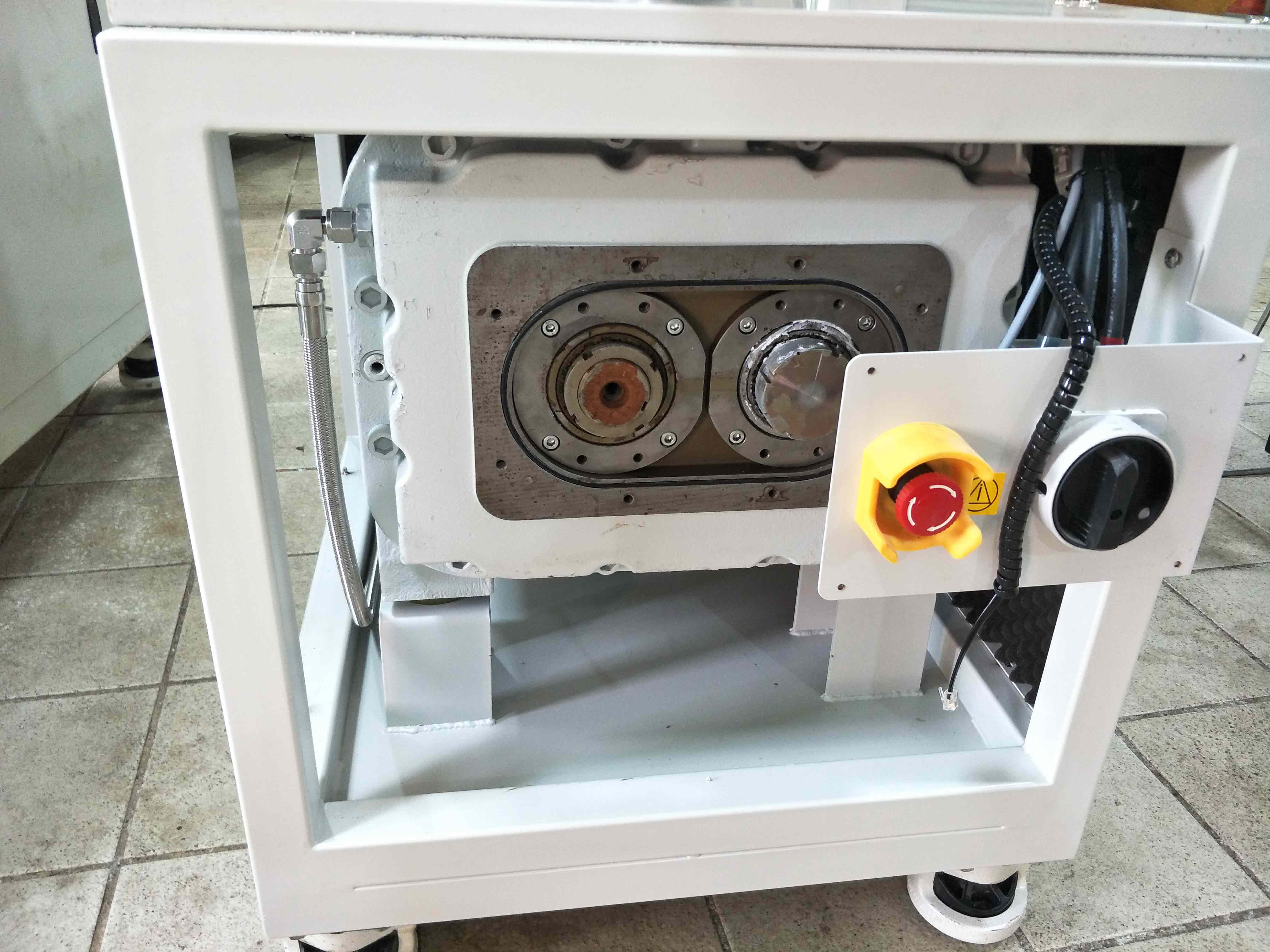濟南真空吸塵真空泵多少錢 貝其樂 原裝進口 萊寶 D30T