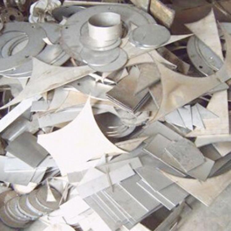 芳芳回收_水口料_化工廢料回收廢不銹鋼多少錢