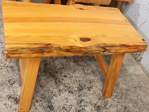 木屋烧烤椅子