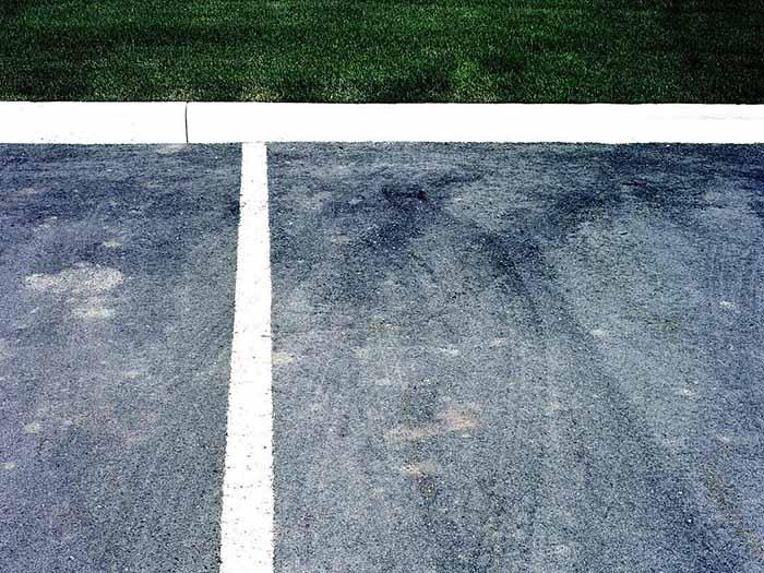 停车场沥青摊铺工程