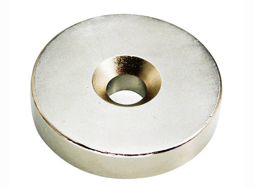 沉頭孔磁鐵