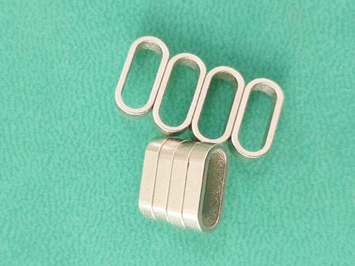跑道形磁鐵