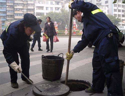 東莞污泥池清理抽污泥清理污泥公司
