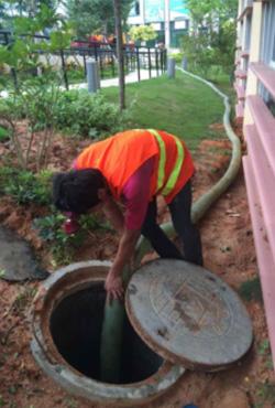 下水道疏通、马桶疏通、工业管道安装改造、水下堵漏、市政管道清淤