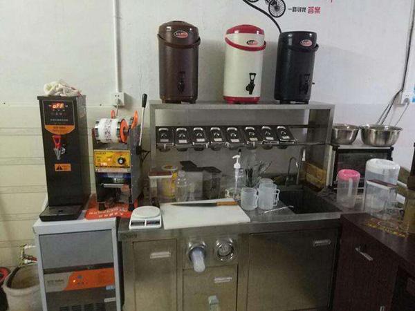 奶茶店冰箱设备回收