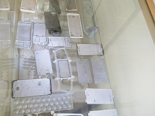 手機中板壓鑄-鋁合金