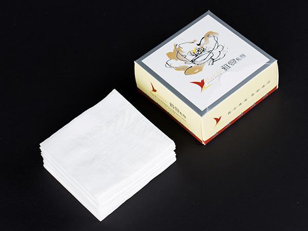 盒装餐巾纸