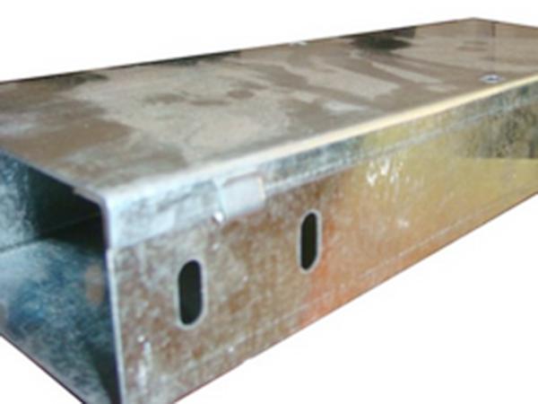 镀锌铁线槽制造