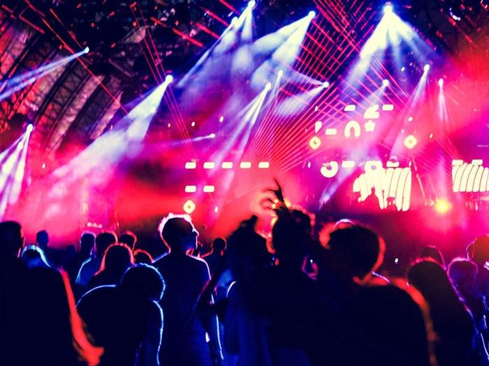 演唱會舞臺燈光搭建