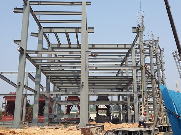 多层钢构工程