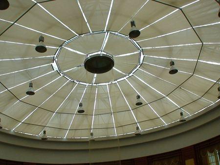 南城天棚帘图片 全遮光 欧式 家用 体育馆 电动 满满窗饰