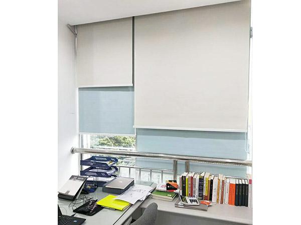 惠州歐式辦公卷簾安裝案例 滿滿窗飾