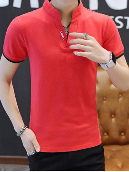 红色T恤衫销售