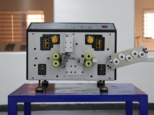 電子線裁線機生產廠家_佳豪精工_高速_全自動高速_超高速電腦