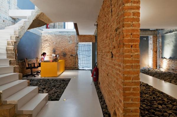 圣保罗废墟中-办公室装修设计