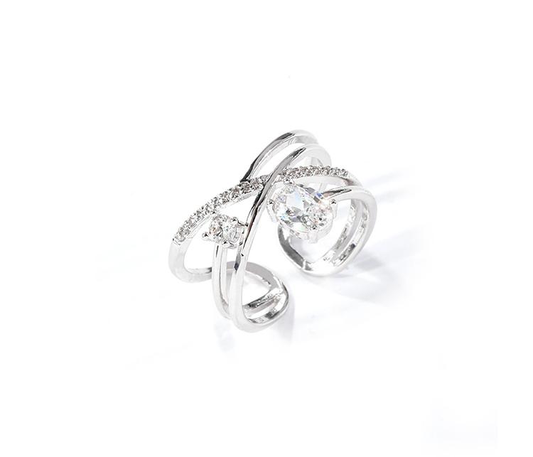簡約時尚銀戒指