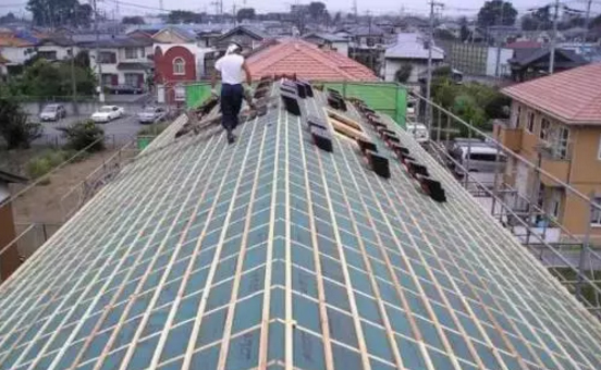 钢结构彩钢板屋面漏水,找到问题不难解决!