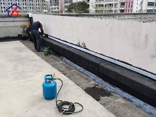 金霸王(中國)有限公司,屋面伸縮縫補漏工程