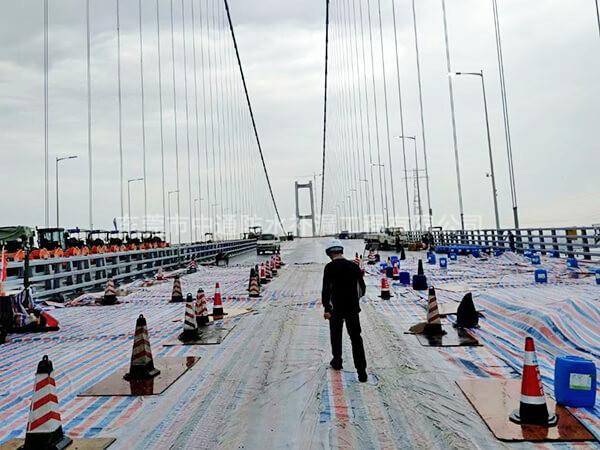 省重点防水工程:南沙大桥8个锚室防水工程由2019年2月到2019年4月历时4个月完成,施工面积:16500㎡
