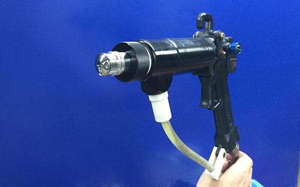 大嶺山五金噴涂噴槍噴嘴 飛吻涂裝 噴涂無死角 自動 塑料瓶