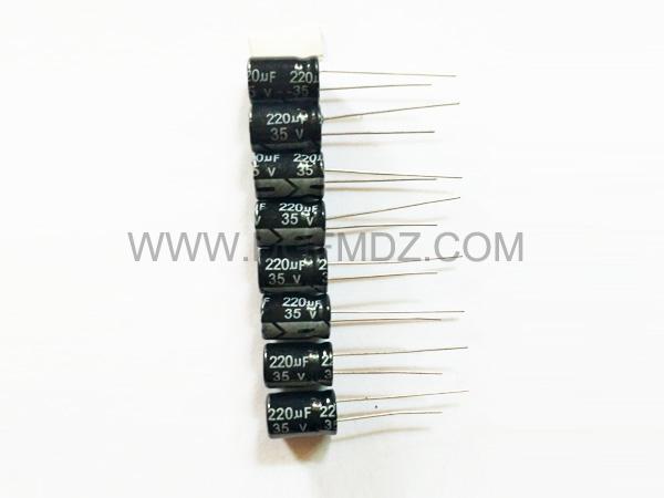 电解电容220UF35V