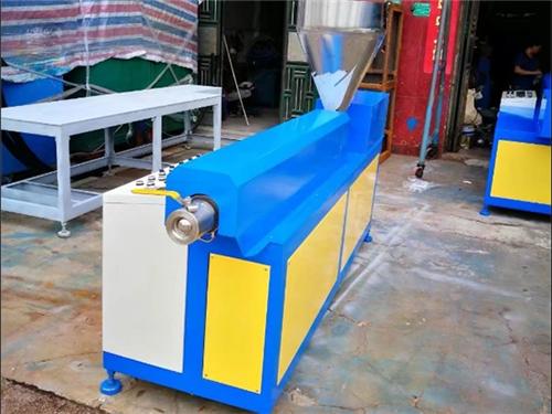 硅膠雙螺桿擠出機生產線_琛城機械_錐形_PVC_嚙合同向_ABS