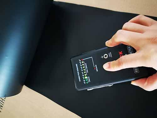 芯片黑色導電PE薄膜訂做_恒升防靜電_芯片用_晶圓墊片_芯片
