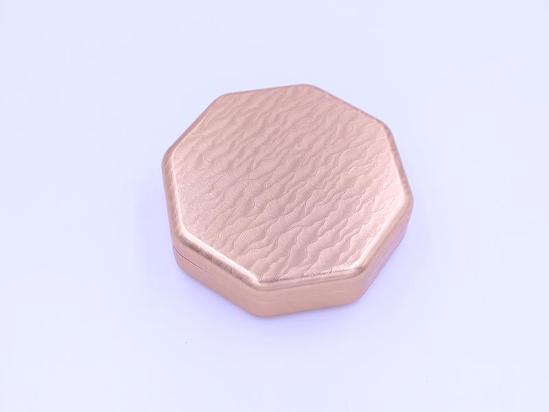 棕色浮雕花紋藥盒