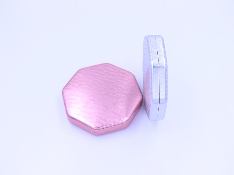 浮雕花紋藥盒