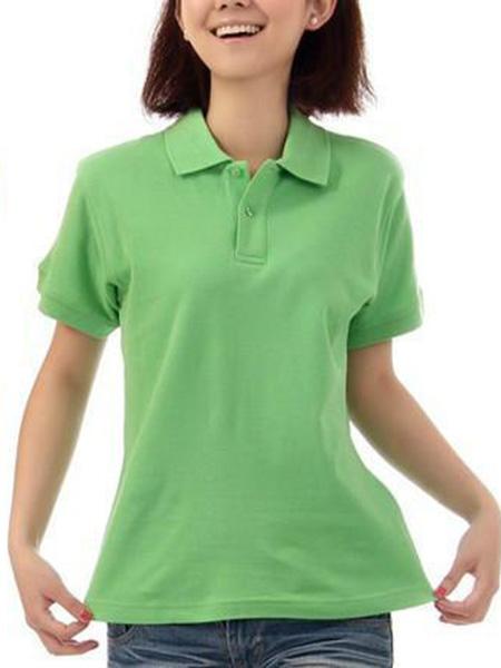 绿色T恤衫