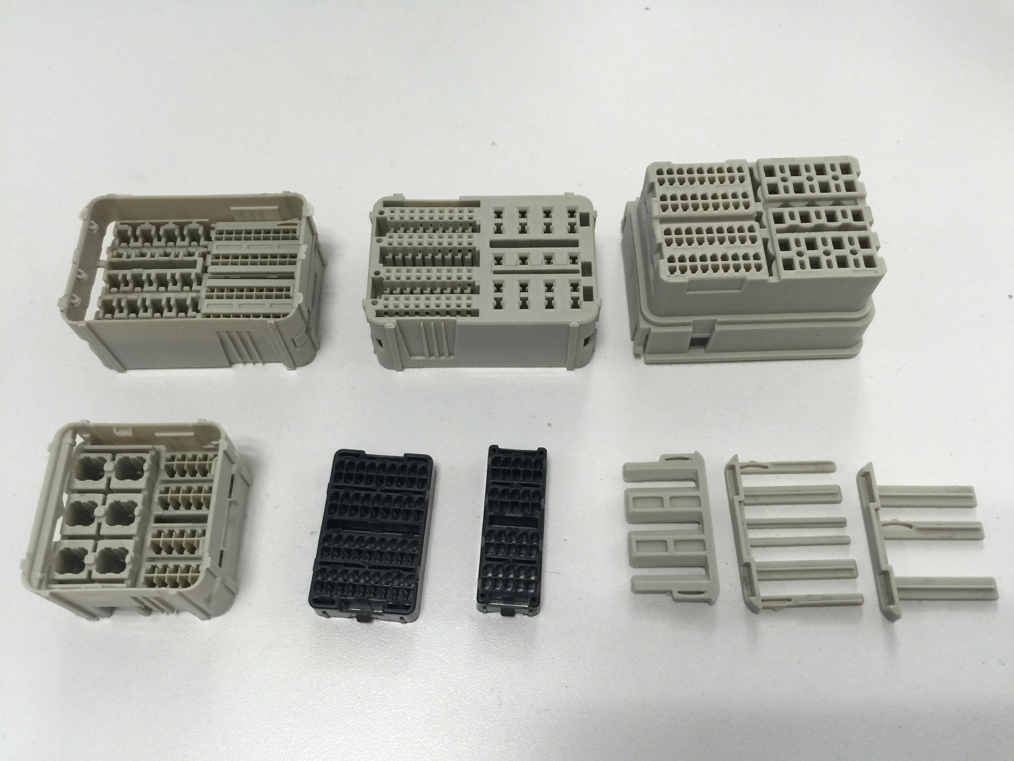 汽车电子链接器塑胶件