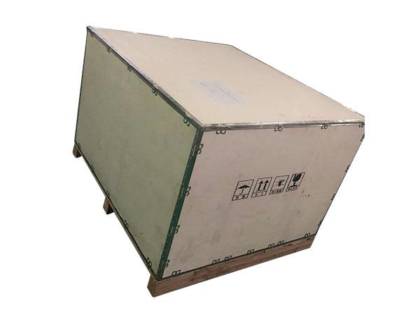 实木钢带箱