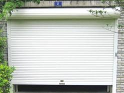 车库水晶卷帘门