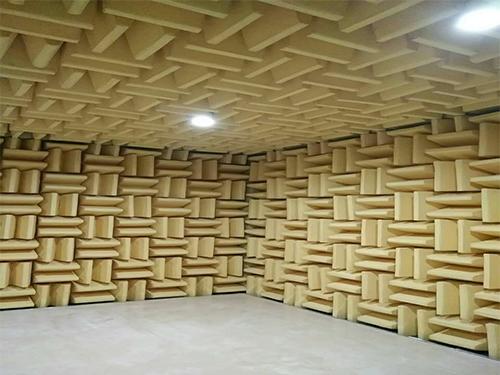 德国尖劈消声室订做 静环隔音 平板式 实验室 混响 一体 效果
