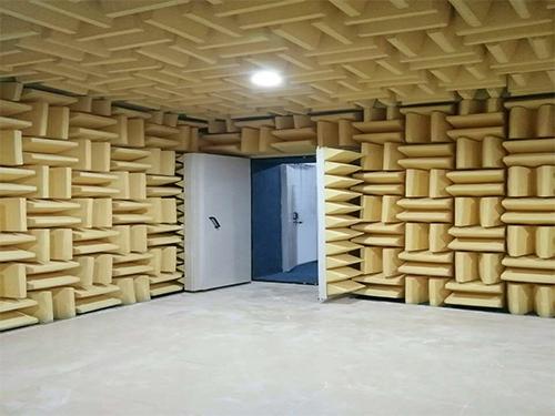 馬來西亞半消音消聲室報價 靜環隔音 大型 吸聲材料 尖劈 混響