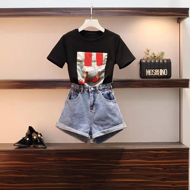 明星同款_嘻哈風短牛仔褲尾貨價位_金瑞浩服飾