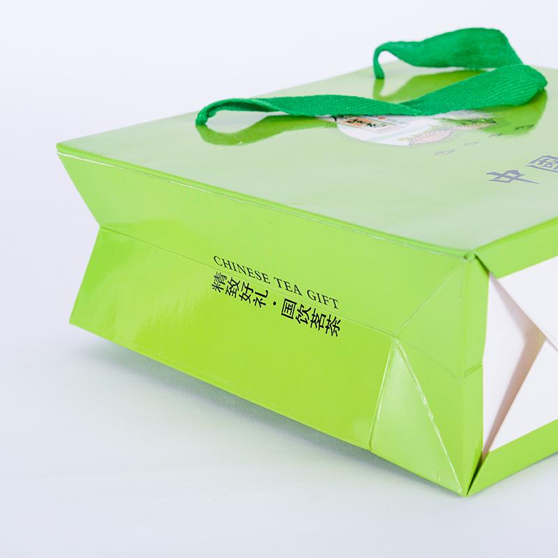 精致手挽紙袋規格_駿越包裝_精致_覆膜_日用包裝_uv_銅版紙質