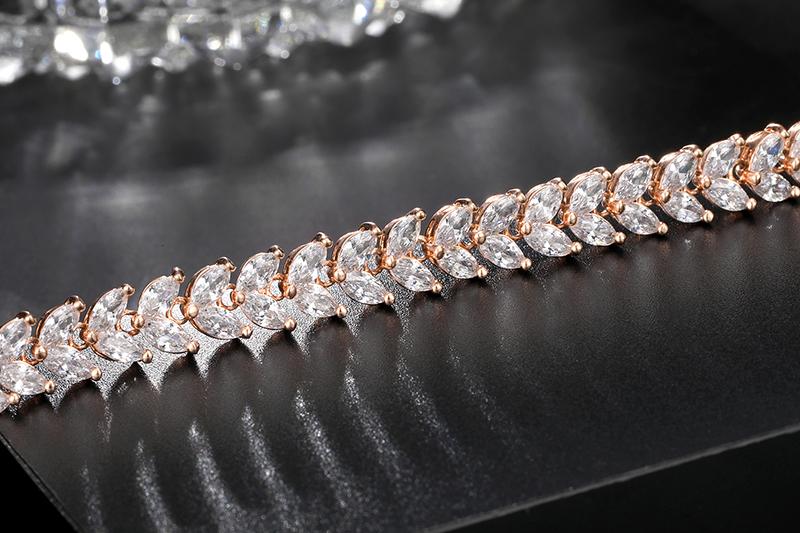 欧美水晶手链哪种好_卡诗曼首饰_镶钻_黑色_炫彩_饰品_彩色