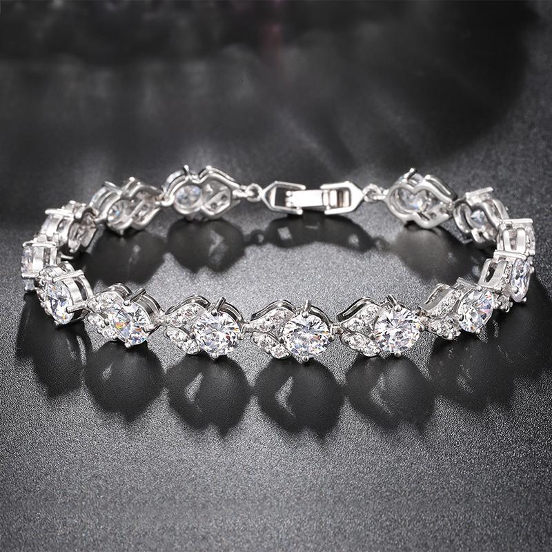 可爱_礼品水晶手链哪种好_卡诗曼首饰