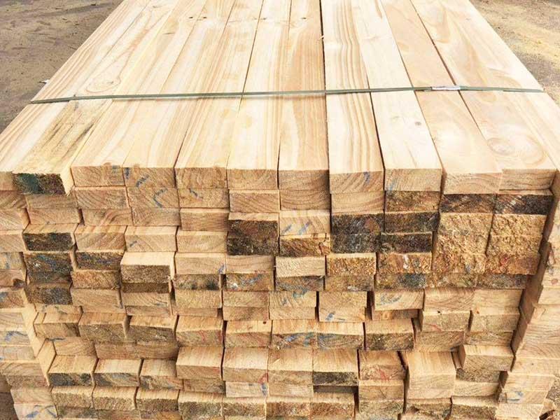 國產澳松木方批發
