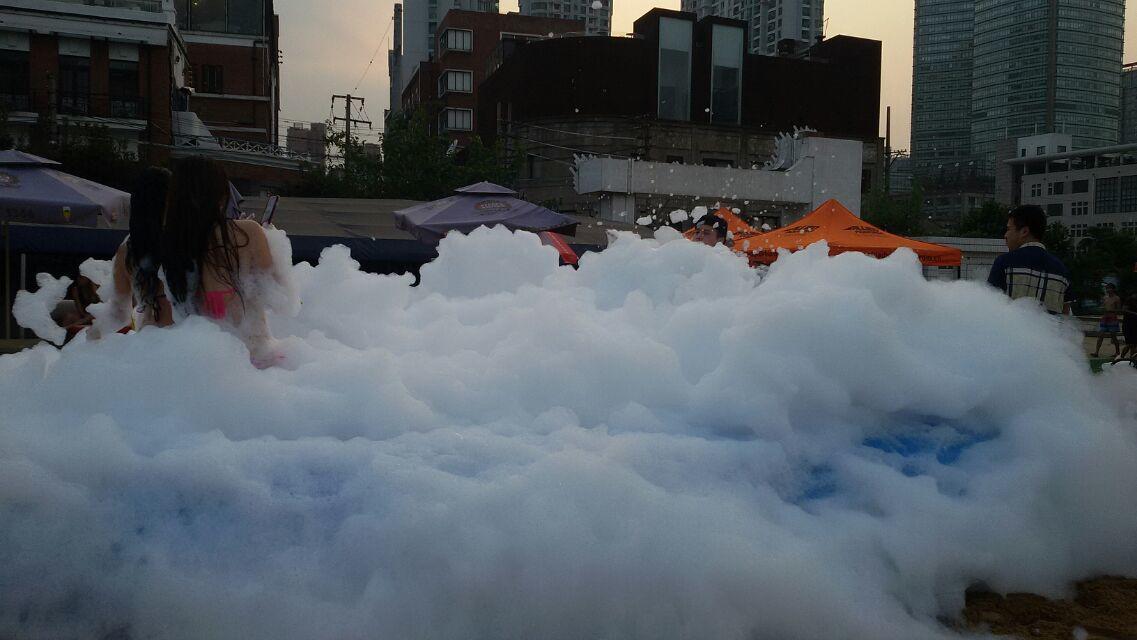 专业舞台特效道具 舞台干冰机 地烟机 婚庆干冰机 演出干冰机