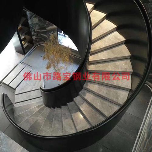 螺旋式扶梯