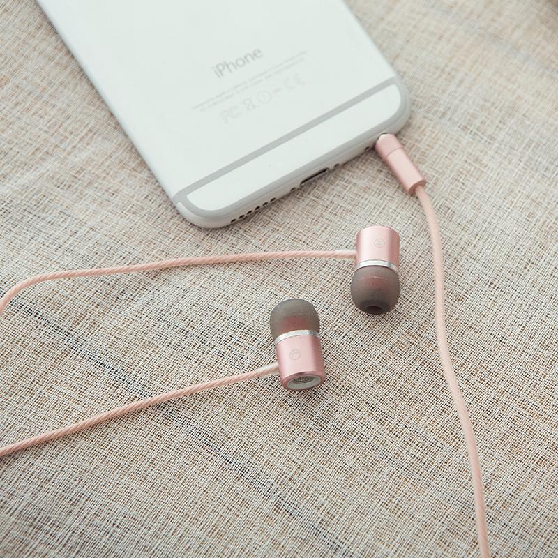 亳州运动入耳式耳机_渝美音电子_需求商推荐_质量管理