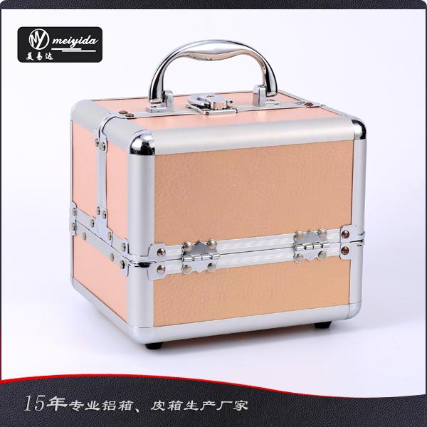 手提化妆箱 D-1358